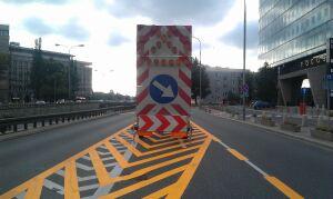 Remontują mury przy Trasie Łazienkowskiej